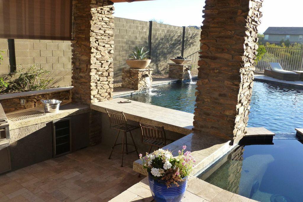Design my arizona pool see what your dream pool will for Pool design with swim up bar